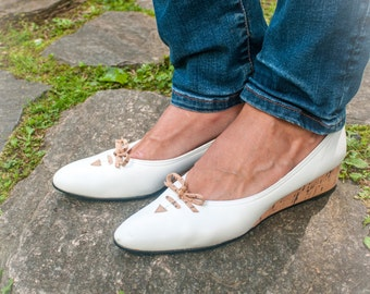 Vintage White and Cork California Pumps Size 9