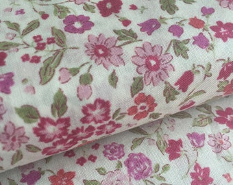 Memoire a Paris Flowers PINK Cotton Lawn Lecien Fabric