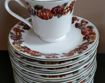 Fall / Thanksgiving cups and saucers.
