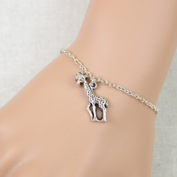 Giraffe Charm Bracelet: Giraffe Bracelet Cute Giraffe Charm Daughter By Vespestudio