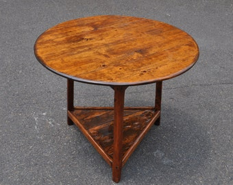 Country Pine Tavern Table