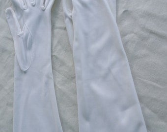Vintage Ladies White Mid Length Gloves Size 7 or 7 1/2
