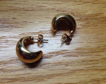 Vintage AVON Goldtone Hoop Earrings, 3/4'' Long and 1/2'' Wide