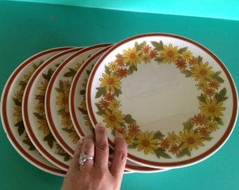 "Five (5) Ceramic Guild Esperanto Glenwick H828 10 1/4"" Dinner Plates"