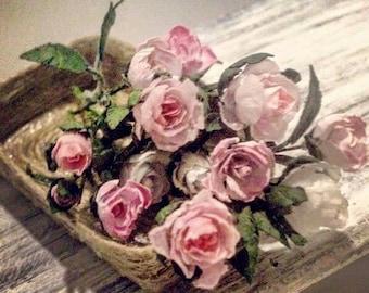 Bouquet roses twelve