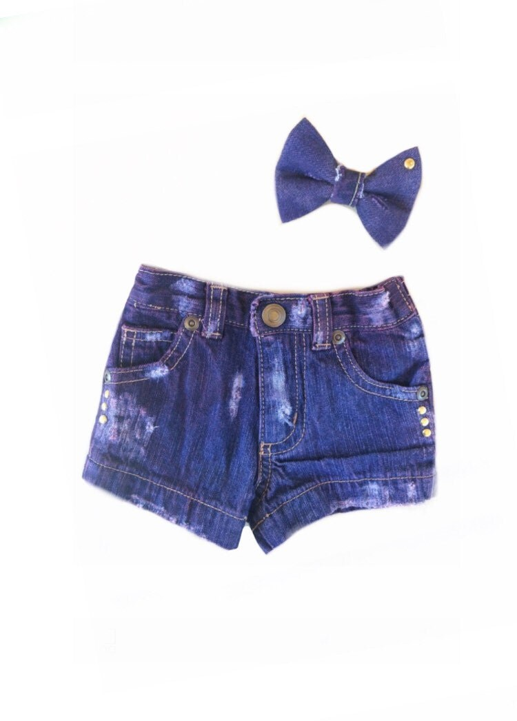 Size Preemie Short Bow Set Baby girl clothes by RebelRooster