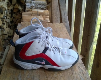 Vintage Nike Basketball Mid Ankle Sneakers In White Size UK5 / EU 38