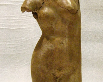 Copy statue of Aphrodite made of terracotta