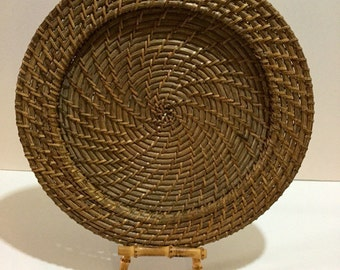 Beautiful Vintage Hand Woven Basket, Tray