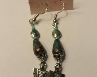 Purple and teal arrowhead drop  earrings.