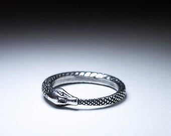 Ouroboros Ring, silver, size 17mm / US 6.5 (customizable), handmade ..... Snake Eating Tail Ring