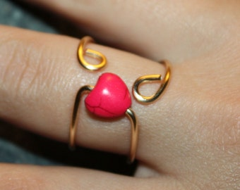 Pink Heart Ring - Gift for Her, Gold Coloured Adjustable Copper Wire Ring, Statement Heart Wire Fashion Ring, Strong and Feminine Jewelry
