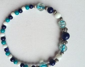 shades of blue stretch bead bracelet