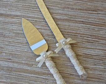 Wedding Cake Knife Set, Victorian Ivory or White Lace, Vintage Wedding, Shabby Chic Cake Cutters