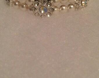 Flower and Pearl bracelet