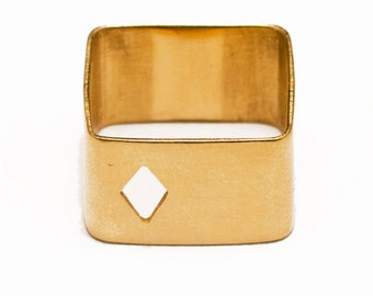 Large square ring in yellow golden vermeil 24 carats with cut motive Ace of Diamonds