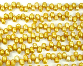 Fresh Water Pearl Beads, Gold, Top drilled, Dancing, (4.5-5.5)x(7-8) mm, 14.5 inch , Full strand, Approx 77 beads, Hole 0.4 mm (228012016)