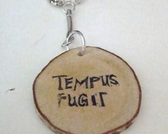 key ring key chain ''Tempus fugit + wing''