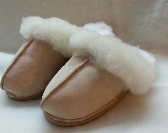 opened in genuine Sheepskin slippers