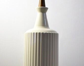 Vintage Groovy Ivory Ceramic Mid Century Lamp