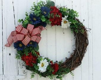 Summer Daisy Wreath, Summer Wreath, Daisy Wreath, Patriotic Wreath, Red White and Blue Wreath, Summer Door Wreath, Wreaths, Elizabeth and Co