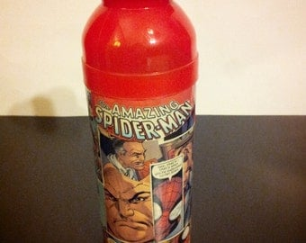 Spiderman, comic book, water bottle, Peter Parker, is Spiderman, member of, the avengers, Mary jane, superhero