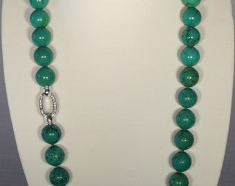 Necklace in turquoise green with Sterling Silver 925 clasp
