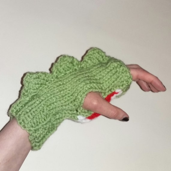 Dinosaur Mittens Knitting Pattern : Dinosaur mittens. Hand knitted green dino by OnceIWasAWolf on Etsy