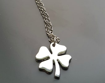 Four leaf clover charm silver necklace