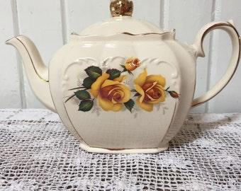 Sadller yellow Rose Cube Teapot.