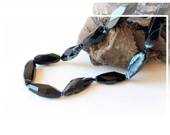 Black agate necklace/blue
