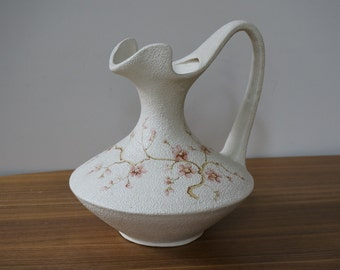 Painted vase, earthenware, delicate, unusual shape, beige with pink