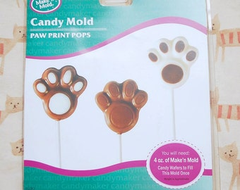 Paw print candy mold