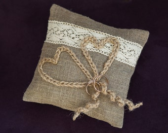 Burlap ring pillow \Rustic\ Ring pillow \Cottage style Weddings\ rustic weddings