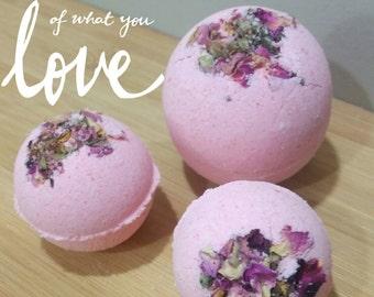 Rose Garden Bath Bomb ~ Moisturizing, Shea Butter, Ylang-ylang, Relaxing, Rose Petals