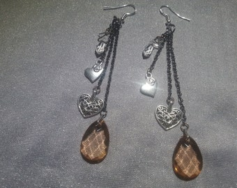 Teardrop and hearts earrings - opaque brown