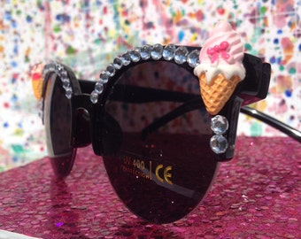 Round sunglasses 'I-scream for cute' with rhinestones and ice cream cabochons