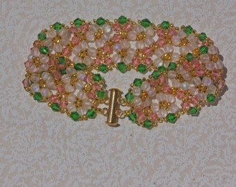 Pale peach crystal bracelet