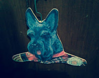 Scottish Terrier Clothes Hanger, Hand-Painted Effect, Wooden, Classic Scottie Face with Plaid Sweater