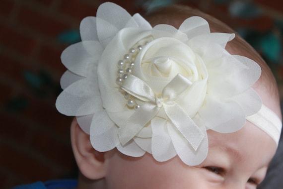 cream lace backgroundseriano rose - photo #11
