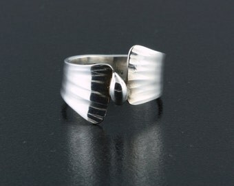 Sterling & Fine Silver, Hand Forged Ring - Size 5