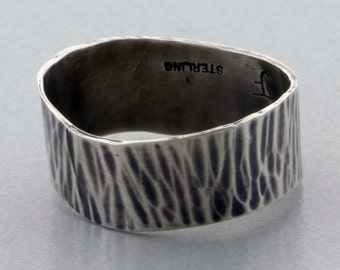 "Sterling Silver ""Wavey"" Hammer Textured Band Ring Size 9 1/2"