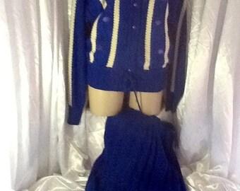 Vintage classic knit suit size 12