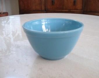 Pyrex Delphite Bluebelle Mixing Bowl 1-1/2 Pint  #401