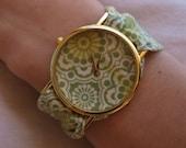Printed fabric watch green mosaic