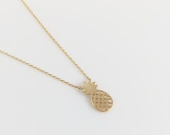 Fashion Juicy Pineapple Yellow Gold Necklace