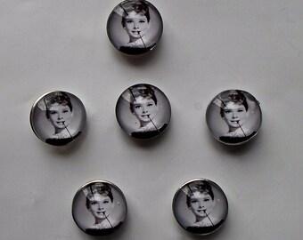5 x Vintage Audrey Hepburn Button Snap Press Stud Noosa Jewellery- ref001