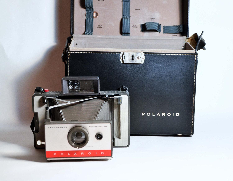 Vintage 60s Polaroid Land 104 Camera Kit Includes Case Flash