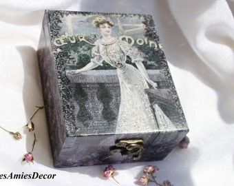 Wooden Jewelry box, romantic box, decoupage jewelry keepsake, jewellery box, women jewelry box, womens gift, gift for mother