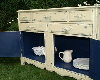 Annie Sloan Chalk Paint - Buffet - Napoleonic Blue and Cream